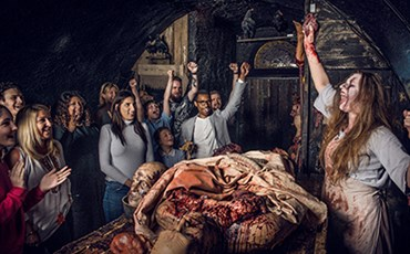 London Bridge Experience and London Tombs)
