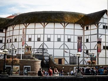 https://www.daysoutguide.co.uk/media/427152/shakespeares-globe-detail.jpg