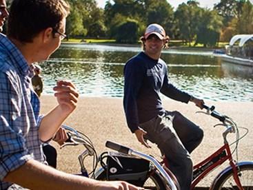 https://www.daysoutguide.co.uk/media/430126/royal-london-bike-tour-detail.jpg
