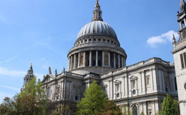 Panoramic Tour of London by Mini Coach)
