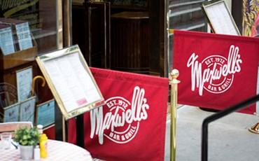 Maxwell's Bar & Grill)
