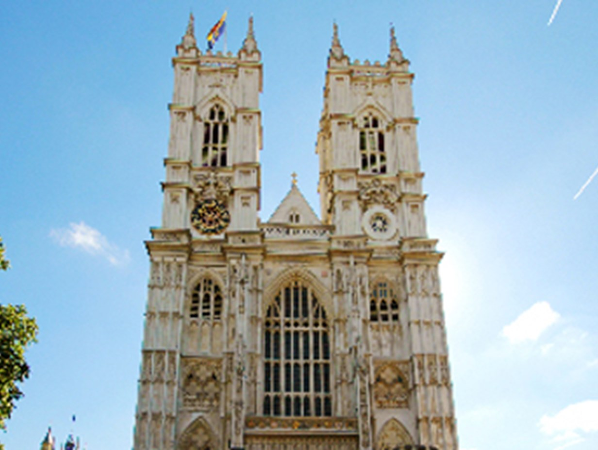 https://www.daysoutguide.co.uk/media/428165/westminster-abbey-detail.jpg