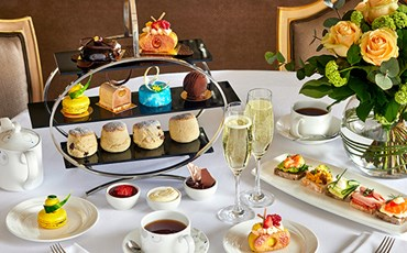 Confessions of a Chocoholic Afternoon Tea )
